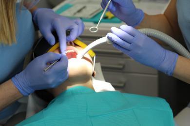 Przed urlopem idź do dentysty. I to zupełnie za darmo