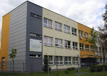 Konsultacje społeczne - rozbudowa infrastruktury edukacyjnej