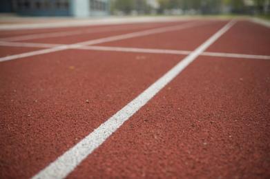 Umowa na budowę stadionu lekkoatletycznego podpisana