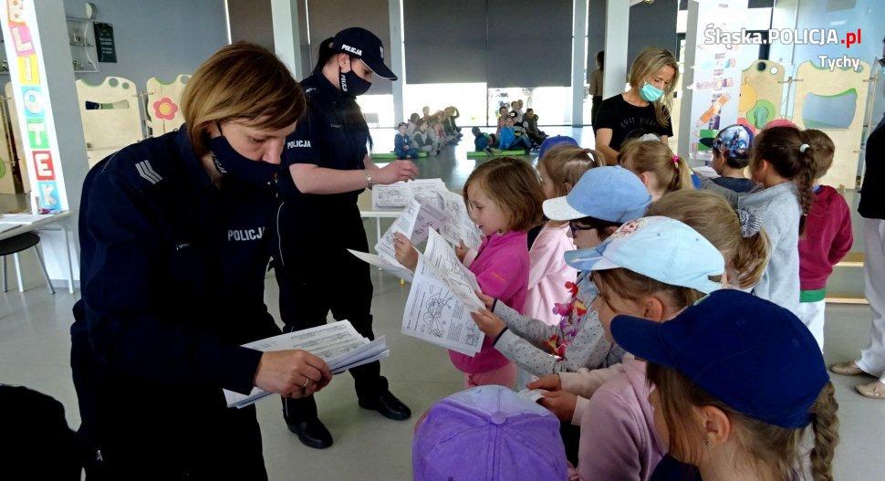 Po wizycie mundurowych dzieci wiedzą jak bezpiecznie spędzić wakacje