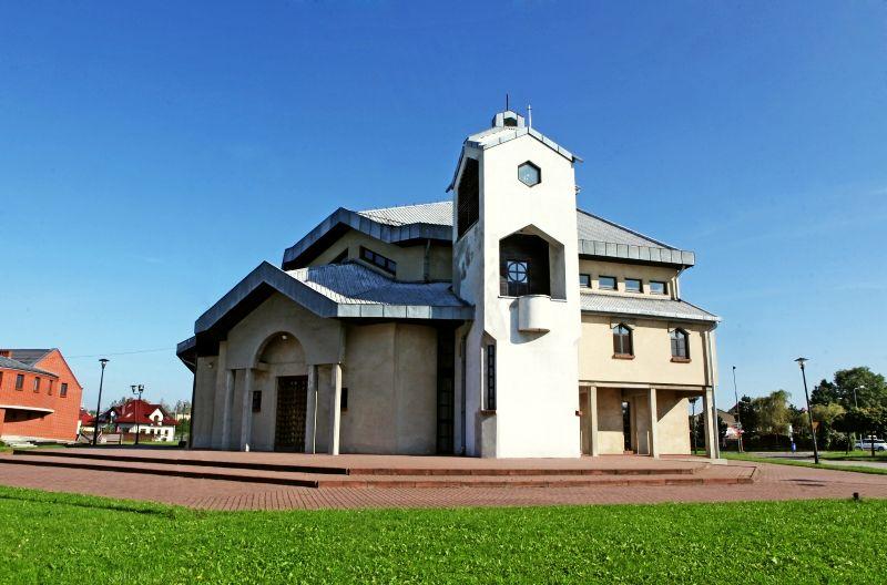 Glinka - Kościół pw. św. Jadwigi Śląskiej