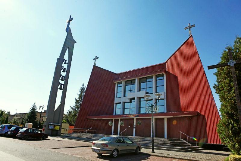 Czułów - Kościół pw. Krzyża Świętego